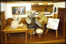 Steiff Teddy Workshop   038907 Ltd Edition introduced in 200